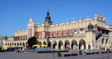 Plaza del Mercado. Lonja de los Paños y Torre del Ayuntamiento