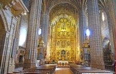 Iglesia de Briones