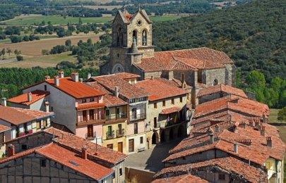 Iglesia San Vicente y Ayuntamiento de Frías