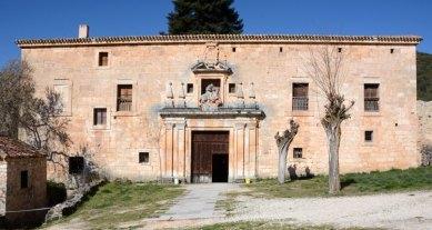 Portada del Monasterio de San Pedro de Arlanza