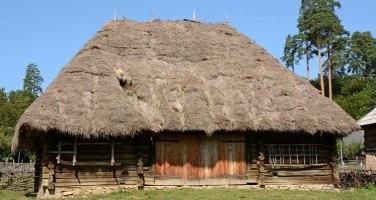 Museo de Arquitectura Popular. Cabaña del Maramures
