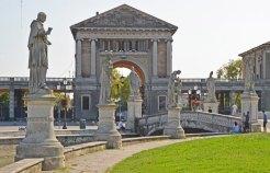 PADUA-Prato-della-Valle-(9)