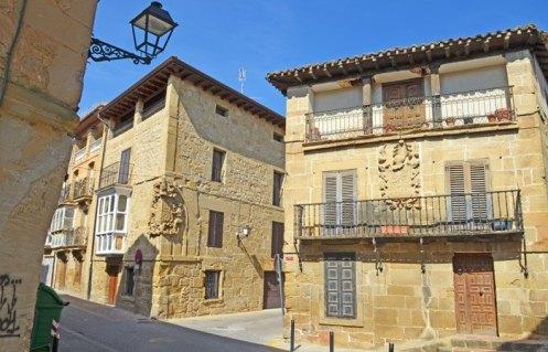 Casas Solariegas - Calle Zumalacárregui