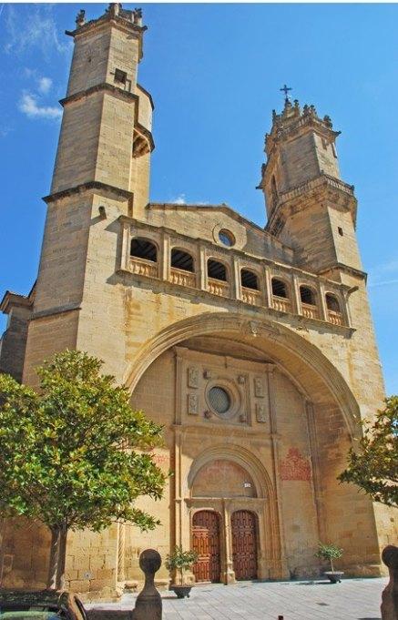 Fachada Parroquia San Andrés Apóstol