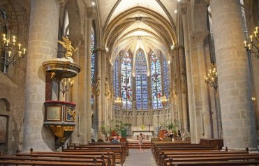 Interior de la Basílica de Saint-Nazaire