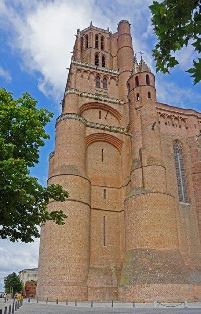 La Torre alcanza los 78 metros de atura