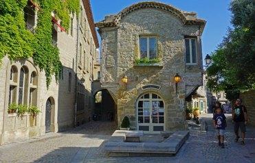 Place Auguste Pierre Pont