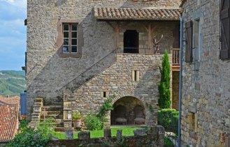 Detalle entrada Casa-fuerte