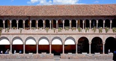 Coricancha. Lateral del Claustro del Convento de Santo Domingo