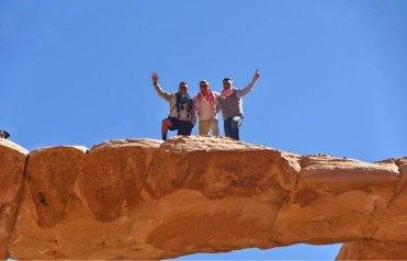 En la cima del Arco de Umm Fruth