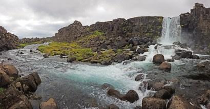 Cascadas Öxararfoss, en un día nublado