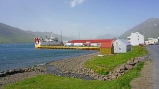 El puerto de Neskaupstadur, el más oriental de los fiordos islandeses