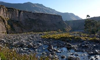 Valle del Colca. Río Colca en Chivay