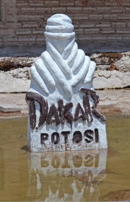"Monumento al ""Dakar"" - Hostal de Sal"