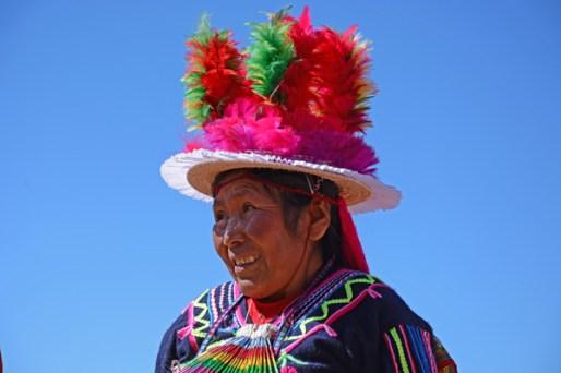 Isla de Taquile. Mujer con Traje Típico