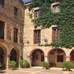 hotel-castillo-de-castilnovo