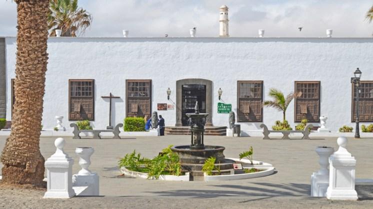 Palacio Spinola - Plaza de la Constitución