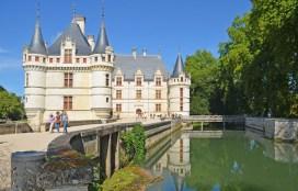Azay-le-Rideau sobre el Indre
