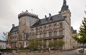Hôtel de Ville d'Angoulême - Torre del Homenaje del siglo XVI