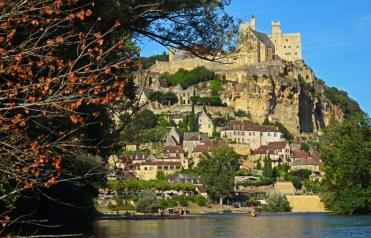 Castillo de Beynac desde el Dordoña