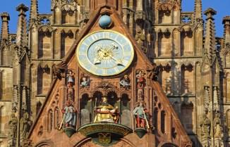 Carrillón de Fraunkirche - Hauptmarkt Nürnberg