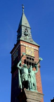 Plaza del Ayuntamiento. Torre del Reloj