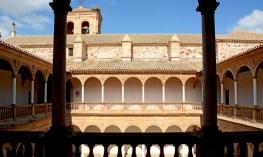 Convento de la Asunción. Claustro desde la Galeria Superior