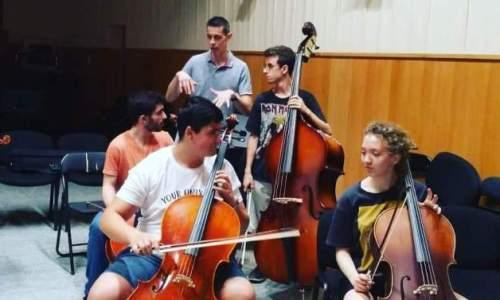 ¿debería un músico tocar con dolor?