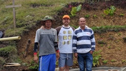 Alejandro, yo y Carlos Cardona