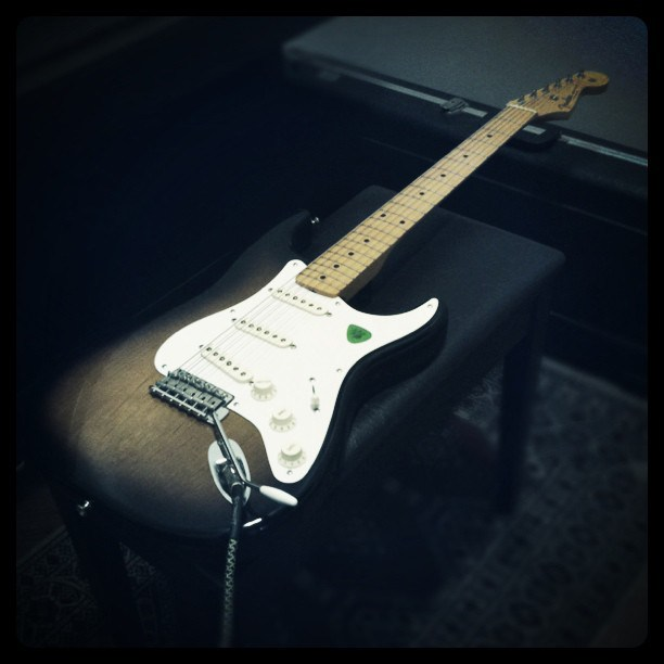 Eric Johnson's playing style: Fender American Vintage '57 Stratocaster