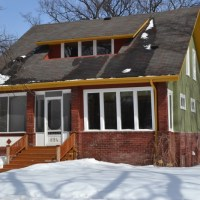 Stunning Character Home in Unbeatable Riverview Location