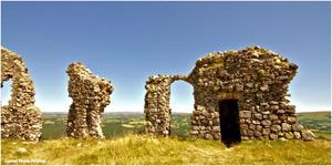 © Cantal Photo Passion Ruines château Apfon