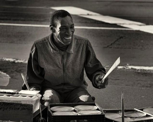 Tami B. Sojka, Street Performer