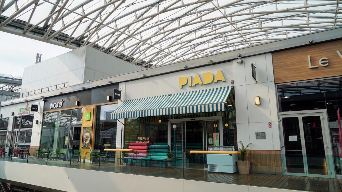 Centre commercial confluences Piada terrasse