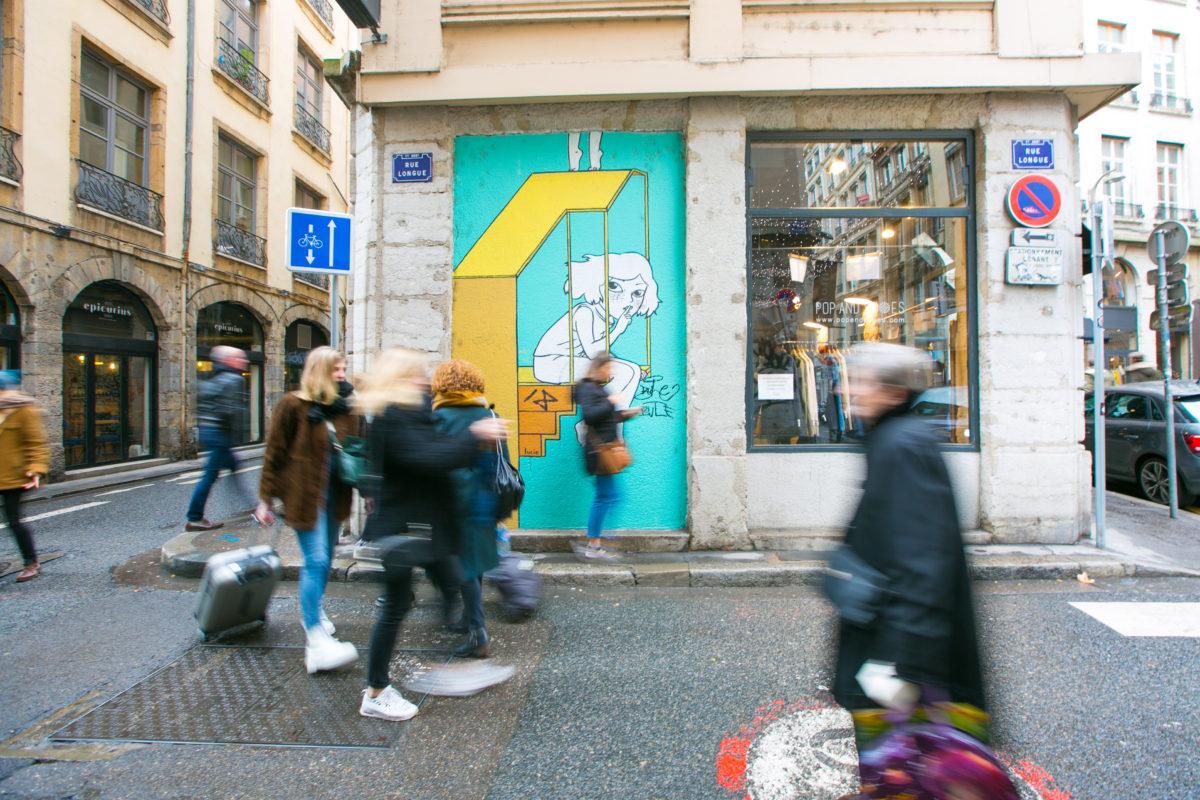 street art a lyon rue longue