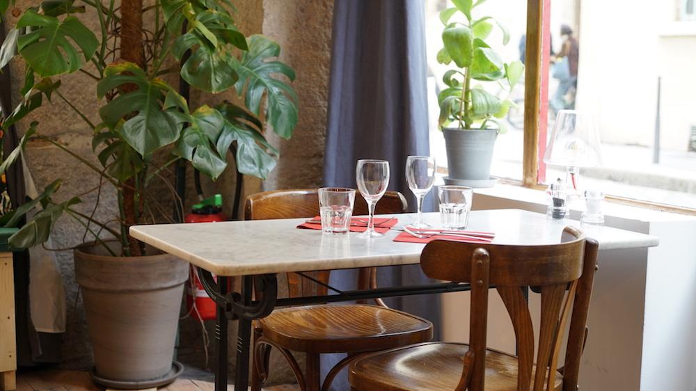 table en marbre café anne lyon