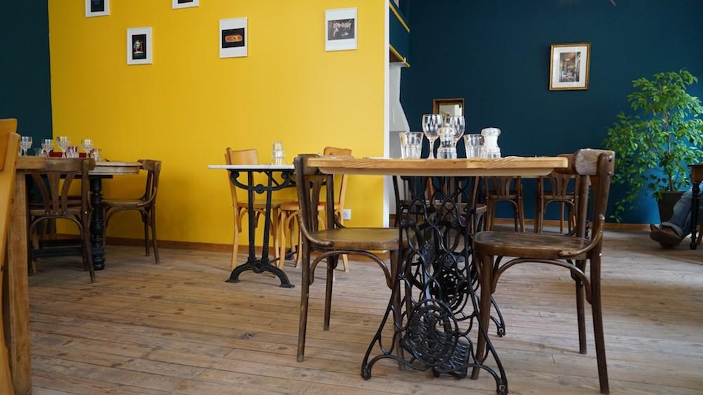 table singer restaurant café anne lyon