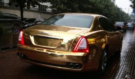 Maserati Quattroporte in Gold in China