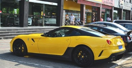 Ferrari 599 GTO in Yellow in China