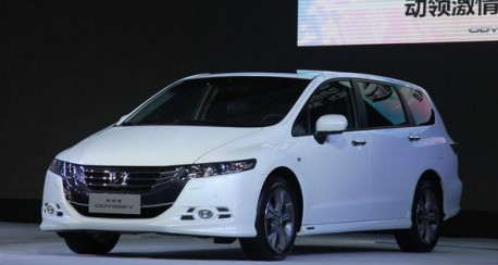 Facelifted Honda Odyssey