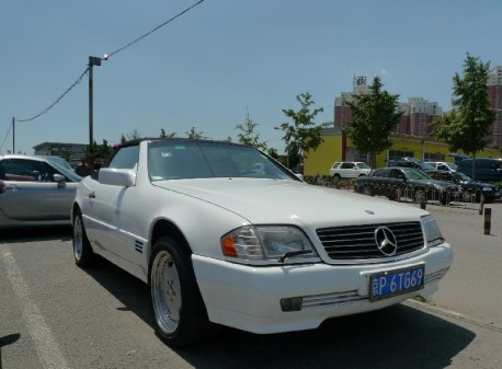 Mercedes-Benz R129 SL500