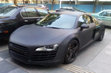 Audi R8 is matte black in China