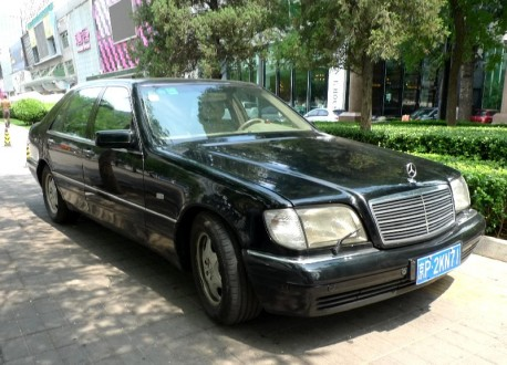 Spotted in China: W140 Mercedes-Benz S500