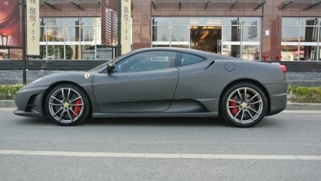 Ferrari F430 Scuderia is matte black in China