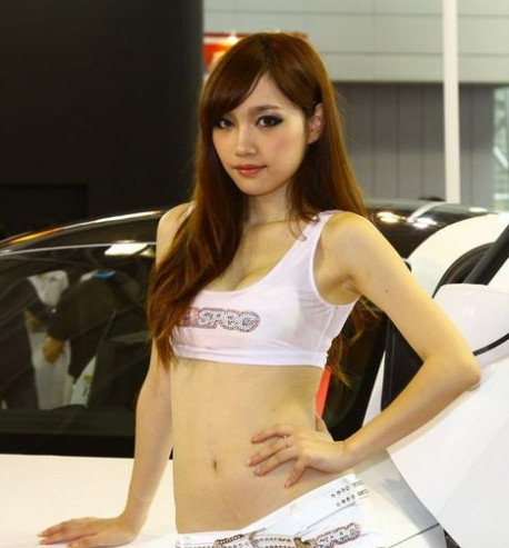 Two Pretty Chinese Girls and an Audi TT with Lambo-doors