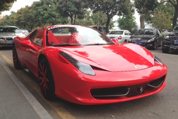 here we have a fantastic ferrari 458 italia spider seen in the great city of xiamen in fuzhou province by reader pinut187 thank you for the pictures - Ferrari 458 Spider Red