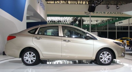 haima-m3-china-shanghai-2