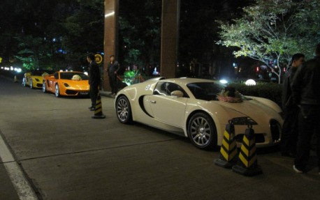 bugatti-veyron-weeding-car-china-2