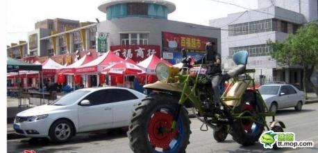 giant-motorbike-china-4