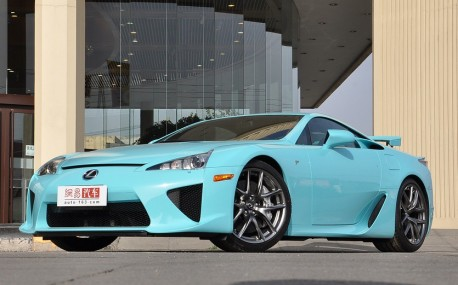 lexus-lfa-baby-blue-china-6
